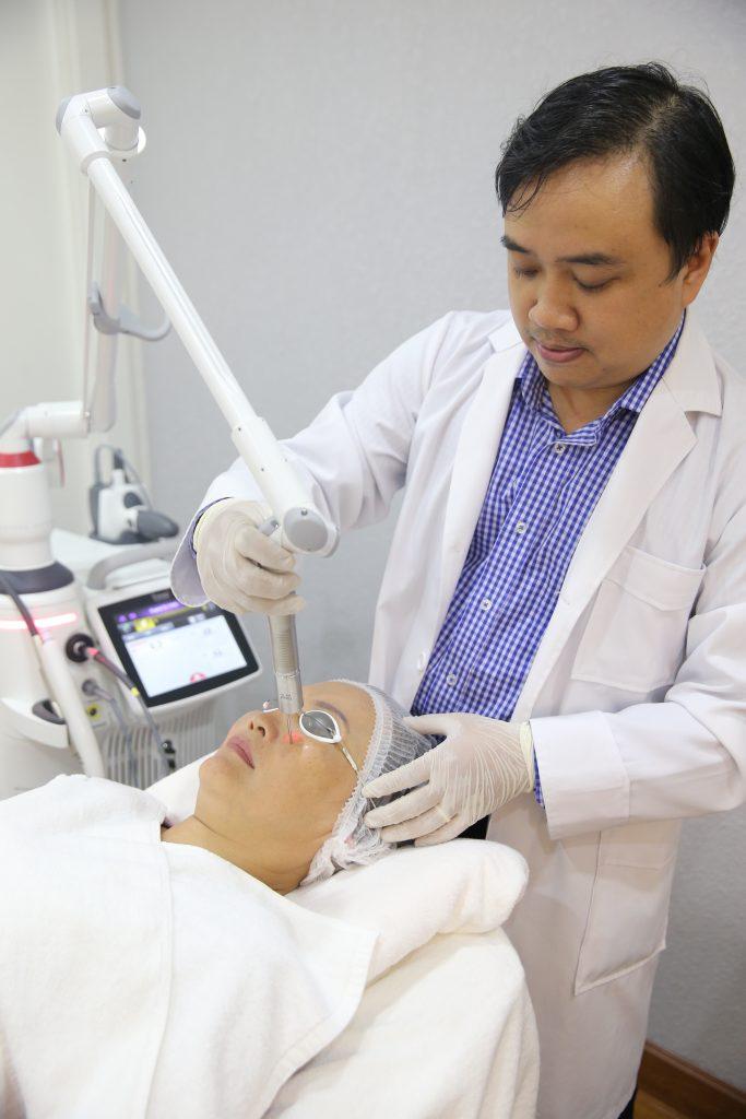 dieu-tri-sac-to-da-Dark-spot-removal_paragonclinic