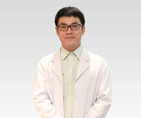 dr-duy-paragon-clinic